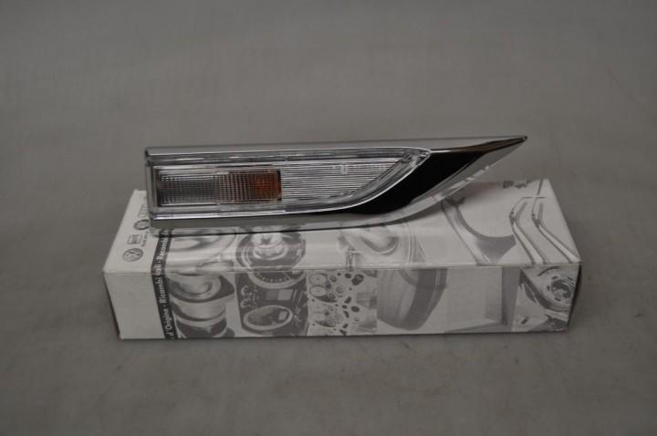 VW T6 Blinkleuchte Blinker rechts Beifahrerseite verchromt Highline Ausführung