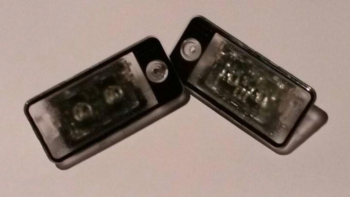 Original Audi A6 4F LED Kennzeichenbeleuchtung Kennzeichenleuchten A4 8E B6 B7